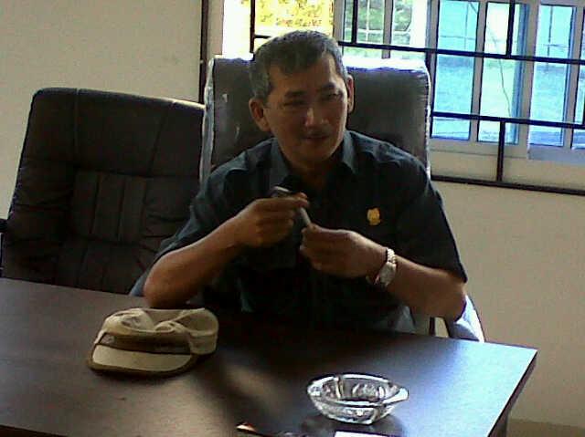 Ketua DPRD Kab. Lingga Riono