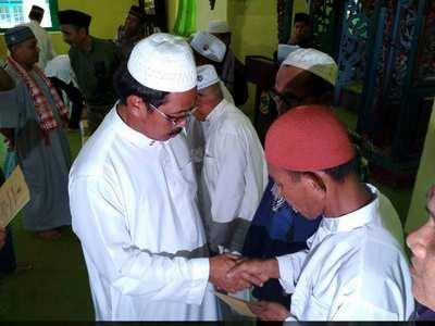 Gubernur Kepri Nurdin Basirun Saat Safari Ramadhan di Lingga