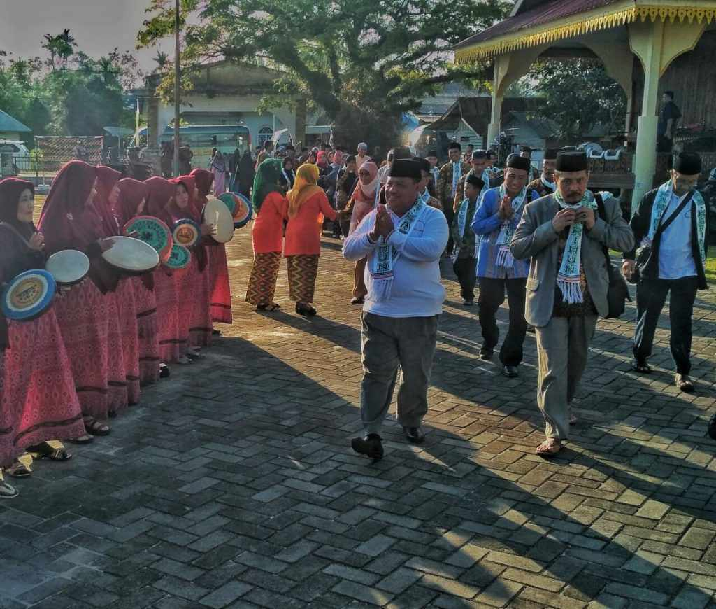 Keterangan foto : kafilah Kota Batam, Tanjung Balai Karimun dan Natuna tiba hari ini di Kabupaten Lingga